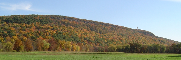 """Talcott Mountain Fall"" by Jehochman under Creative Commons Attribution-Share Alike 3.0 Unported"