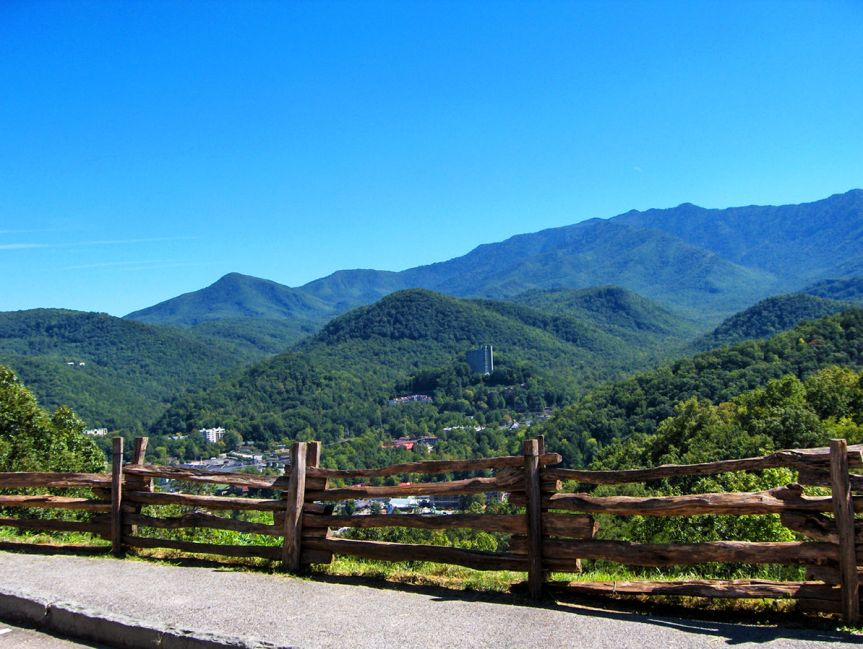 """""""Gatlinburg TN overlook"""" by Mountain Vacation Resorts under Creative Commons Attribution 3.0 Unported"""